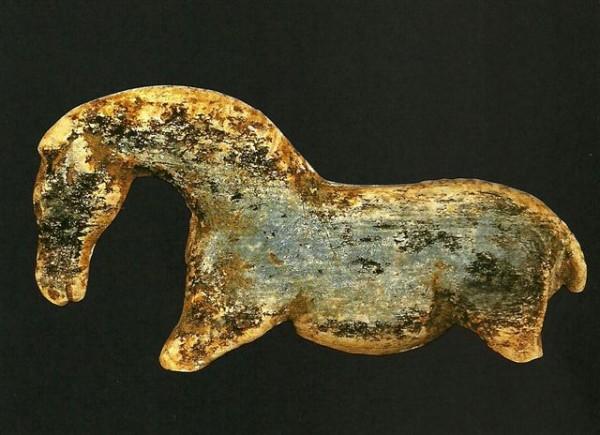 Un hueso tallado hace 10.000 años refleja la antigua evolución de lossímbolos